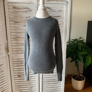 Everlane wool sweater sz XS gray